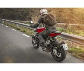 Como utilizar el freno delantero en una moto